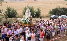 Centenares de devotos arropan en Torquemada a la Reina del Cerrato