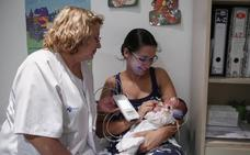 El hospital detecta una media de seis recién nacidos al año con problemas de audición