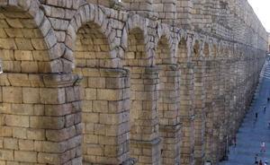 El acueducto de Segovia soporta las vibraciones de los conciertos