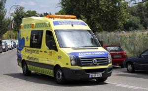 Un fallecido tras colisionar un camión y una grúa en Salamanca