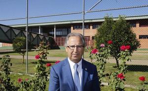 El director de la cárcel de Dueñas asegura que ha actuado «conforme a la legalidad con la celda 61»