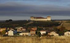 Juvé & Camps compra la bodega Torres de Anguix en Ribera del Duero y 50 hectáreas de viña