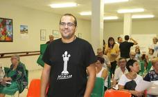 Guillermo Barrios: «No somos enemigos del Ayuntamiento, solo mensajeros de los vecinos»
