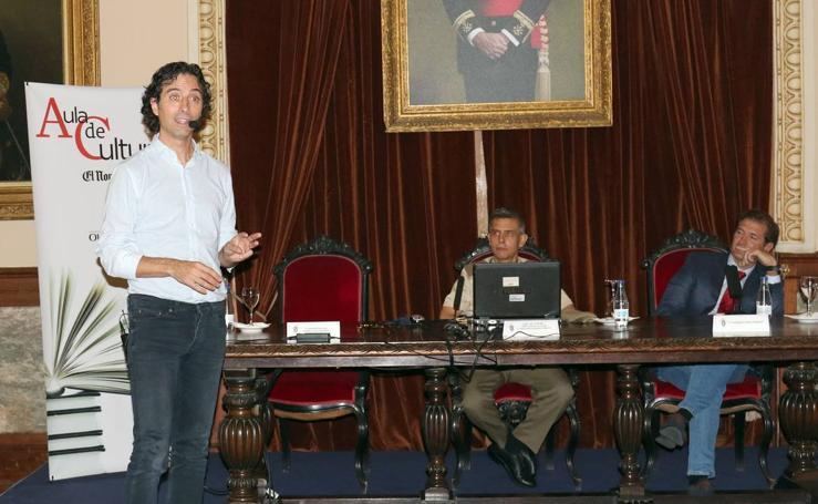 Andrés Pascual, en el Aula de Cultura de El Norte de Castilla