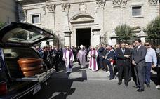 Triste y emotiva despedida a David Vázquez en su funeral en Palencia
