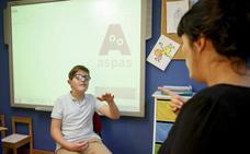 Los alumnos sordos piden un intérprete para cada uno en todas las clases