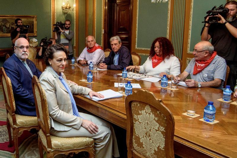 El Gobierno rechaza elevar las pensiones mínimas a 1.080 euros al mes