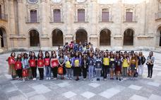 La Pontificia recibe en sus aulas a 75 estudiantes de nueve universidades chinas