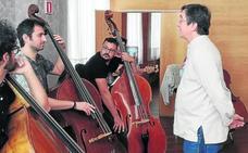 Los graves del contrabajo retumban en el Teatro Calderón
