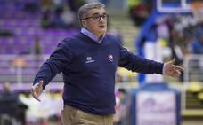 Paco García: «Me parece una atrocidad lo de los tres descensos... y tantas otras cosas»