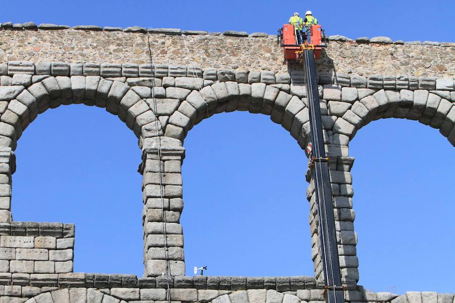 El Acueducto de Segovia no se inmuta ante Dire Straits y Diana Navarro