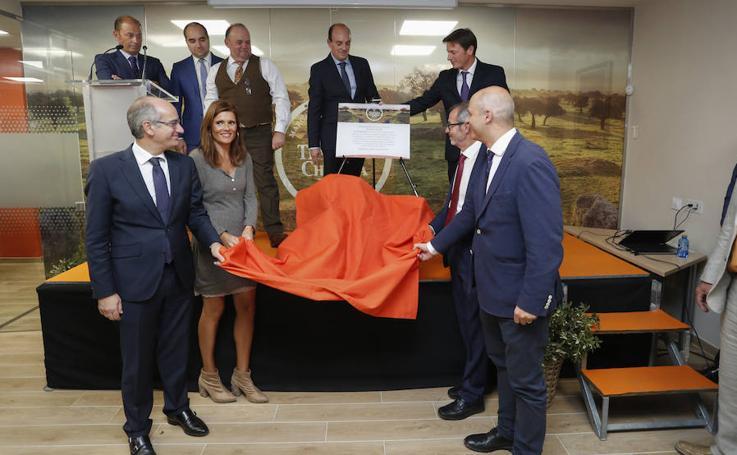 Ternera Charra inaugura sus nuevas instalaciones en Salamanca