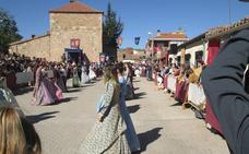 Los vecinos de Aldeatejada vuelven al Renacimiento con la recreación de las Vísperas Nupciales