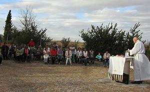 Fuentesaúco de Fuentidueña honra a la Virgen del Rosario
