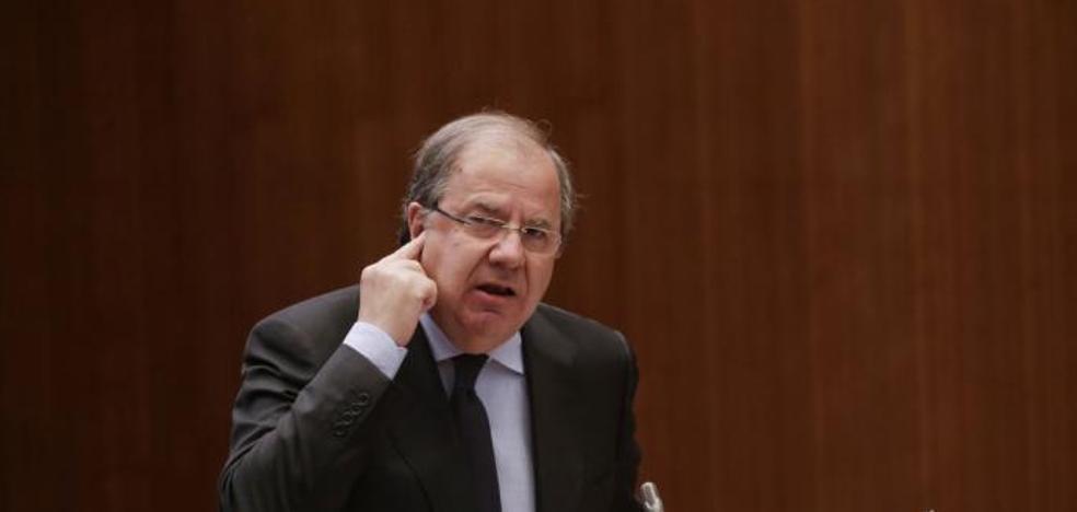 Juan Vicente Herrera anuncia para el lunes el concurso abierto y permanente de funcionarios