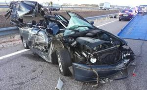 Tres heridos en la colisión entre un turismo y un pequeño camión en Sancti Spiritus
