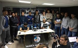 Los jugadores del Salamanca CF UDS muestran su apoyo a Movilla y piden estabilidad al club