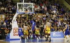 Final de la Supercopa de España de baloncesto femenino entre Perfumerías Avenida y Girona en Salamanca