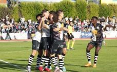 Unionistas y Valladolid B empatan a todo en Las Pistas y se reparten los puntos