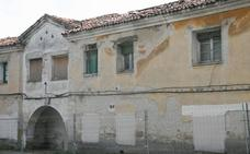Los vecinos de las antiguas casas de los maestros de Cuéllar viven bajo amenaza de ruina