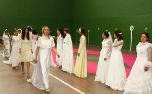 Navas de Oro se llena de novias 'vintage'