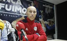 Estreno de Calderón para intentar bajar la tensión en el Salamanca CF con la ayuda de la dimisión del presidente