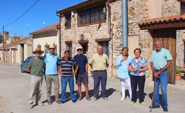 Las residentes de verano dan vida a Pinilla Ambroz