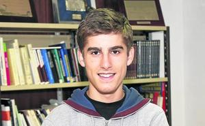 Álvaro Acítores: «Con las matemáticas no hay que rendirse, la base es practicar»