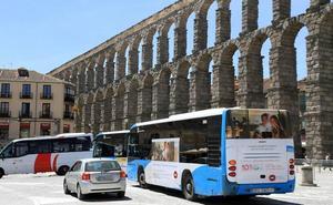 La alcaldesa de Segovia califica de «rumor malintencionado» que los autobuses no vuelvan al casco