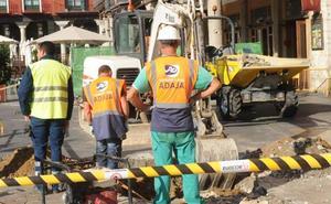 Acciona inicia el desvío de redes en la calle Jesús para acometer el túnel