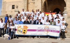 Paco Bonet inauguró la peña madridista de Paredes de Nava