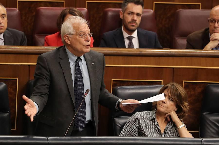 Borrell pagará la multa por la venta de acciones