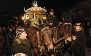 Las procesiones de la Virgen de los Pegotes de Nava del Rey, declaradas de Interés Turístico Nacional