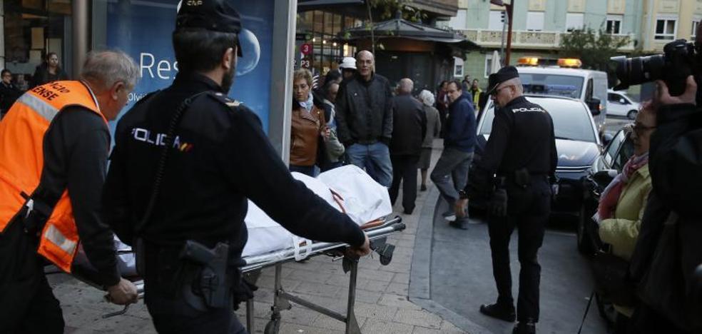 «Se han vengado bien de Mari», dicen los vecinos de la mujer muerta amordazada en la Circular
