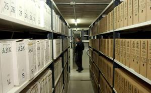 Salvar el Archivo advierte al Gobierno de que no permitirá la salida de más fondos