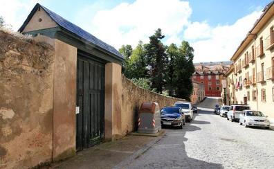 La Puerta de Alfonso XII permanecerá cerrada a pesar del interés del Ayuntamiento de La Granja en abrirla
