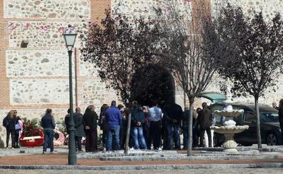 Labajos despide a la mujer que murió amordazada en Valladolid