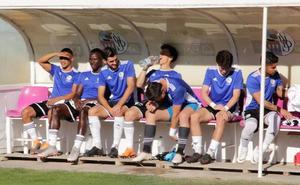 Pumar, Indiano, Antonis y Martín Galván, bajas del Salamanca CF ante el Rápido de Bouzas