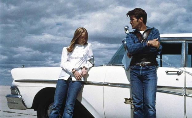 Sissy Spacek y Martin Sheen, en 'Badlands' (T. Malick, 1973).
