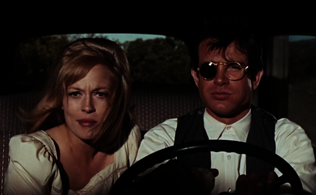 Faye Dunaway y Warren Beatty, en una escena de 'Bonnie and Clyde' (Arthur Penn, 1967).