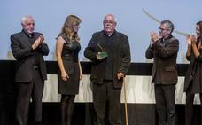 Giménez-Rico recibe la Espiga de Honor de la Seminci entre amigos