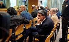 El exfutbolista Caminero acepta cuatro meses de cárcel por blanqueo de capitales