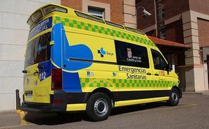 Un motorista de 77 años, herido tras chocar con una furgoneta en Valladolid