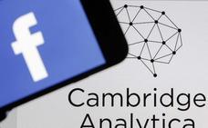 Reino Unido multa a Facebook con 565.000 euros por el escándalo de Cambridge Analytica