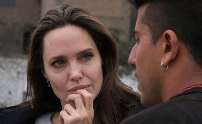 Cabello dice que Angelina Jolie es agente de la CIA y miente sobre Venezuela