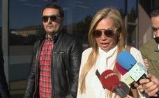 Reencuentro de Belén Esteban con Toño Sanchís y Fran Álvarez en los juzgados