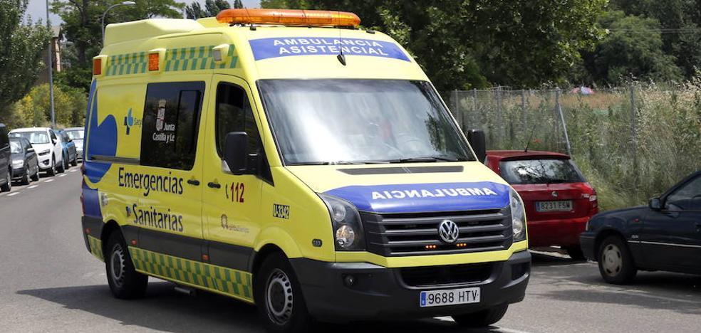 Un fallecido y una herida tras un choque entre dos turismos en la VA-30 en Santovenia