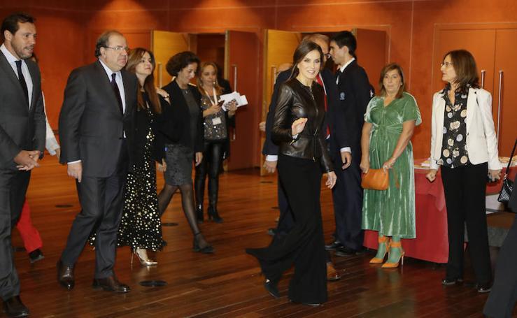 La Reina Letizia visita por primera vez la Seminci
