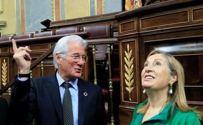 Richard Gere pone a España de ejemplo para erradicar el 'sinhogarismo'
