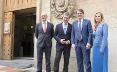 El PP reta al PSOE a desligarse del plan del Gobierno de sacar más fondos del Archivo